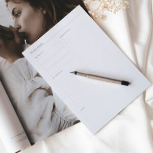 Minimalistyczny notes planer dzienny