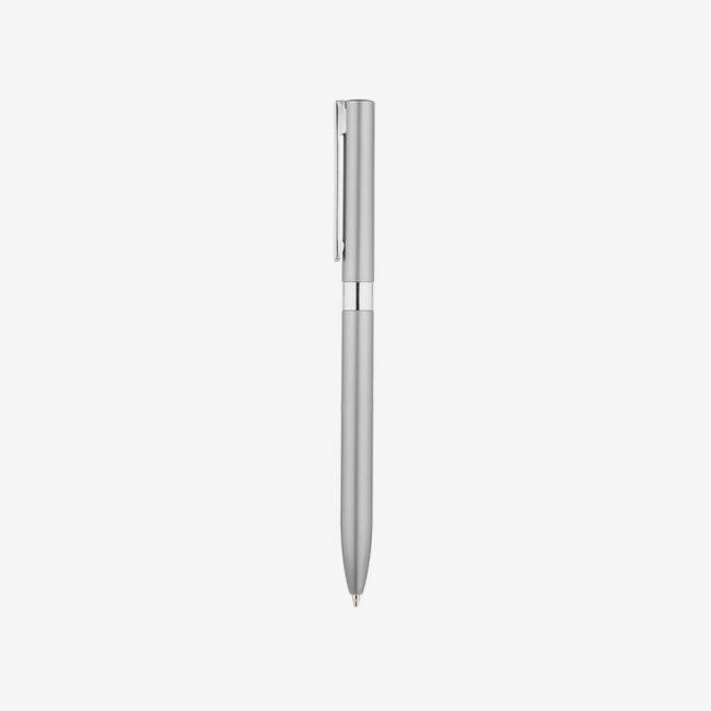 Metalowy długopis w kolorze srebrnym