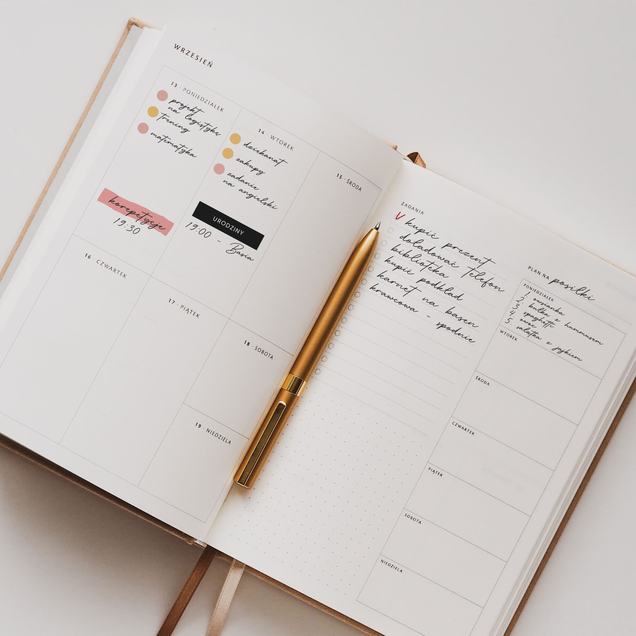 Planowanie tygodnia w planerze akademickim